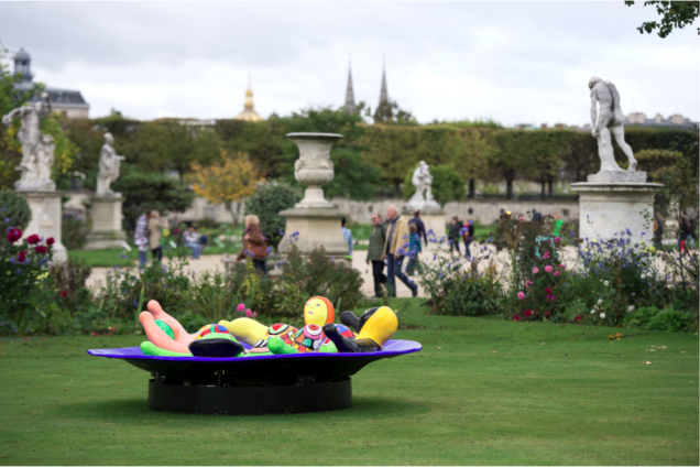 Niki de Saint Phalle. Fontaine aux Nanas, 1991 © 2914 NIKI CHARITABLE ART FOUNDATION All rights reserved. Photo: © Marc Domage
